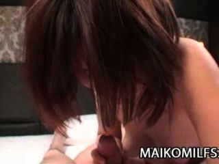 Chiho fujii: coño japonés milf desbordante con cum