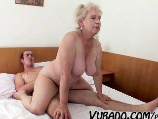 Sexo maduro de pareja vubado madura