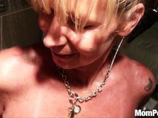 Busty puma follada en la ducha bts