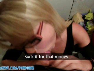 Publicagent hd blonde cafe waitress se follan en el baño del personal por dinero en efectivo