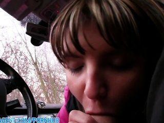 Publicagent petite nympho jenna follada en mi coche