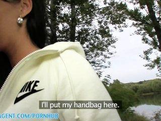 Publicagent hd real sexo al aire libre con cum sobre las tetas para terminar