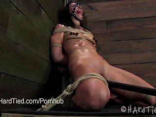 Bondage leyenda wenona en predicamento bondage y sudoroso con cyd blac