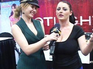 Pornhubtv sophie dee entrevista en exxxotica 2012