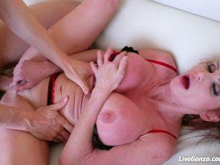 Livegonzo taylor wane busty milf quiere más sexo