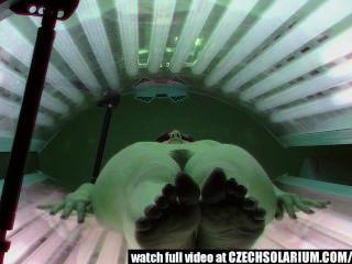 Cachonda cam peluda coño en solarium