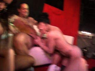 Jordanne kali y penelope tigre cum duro en este fuckfest público