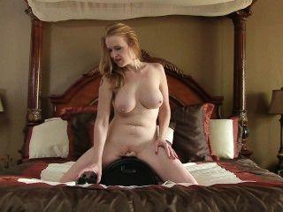 Máquina de sexo hace bigtit mamá cum tan difícil