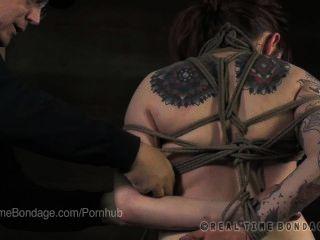 Matt williams bondage tutorial: corbata almeja con mollie rosa