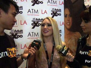 Pornhubtv aj applegate entrevista en 2014 avn premios
