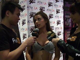 Pornhubtv bunny libertad entrevista a 2014 avn premios