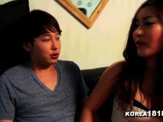 Korea1818.com ¡la virgen afortunada folla al bebé coreano caliente!