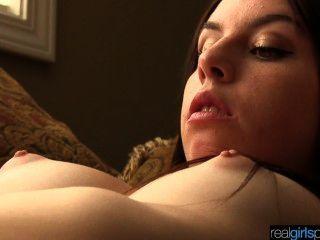 Real 18 años khloe intenta escena anal y masturbación