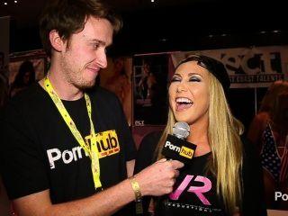 Pornhubtv carter crucero entrevista en exxxotica 2014 atlantic city