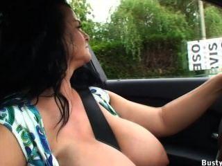 Conducción de automóviles y alumbrado público