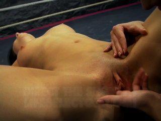 Nudefightclub presenta amirah adara vs jessyka swan