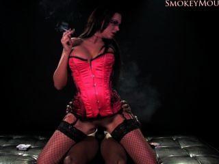 Emma culo fumar hd sexo
