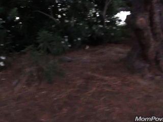 Gilf grande tit flashes en el parque público