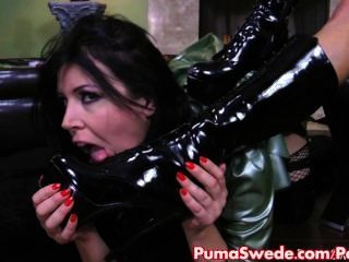 Puma castiga la anastasia tetona con strapon