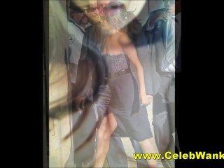 Selena gomez cada desnuda topless upskirt y clivaje