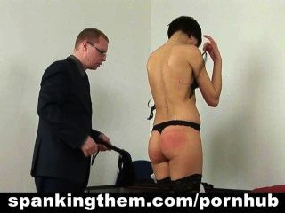 Castigo para el secretario perezoso