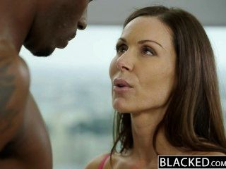 Blacked fitness babe kendra lujuria ama enorme gallo negro