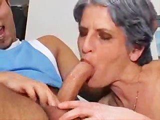 Pobre abuela romper el depende!