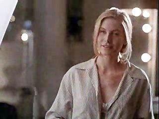 Angelina jolie en primera escena de sexo !!!