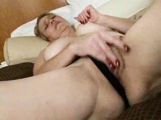 Lusty: pornstar madura fea