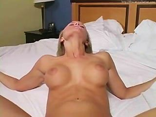 Leah sexo simulado joi