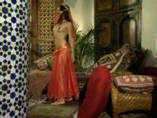 Princesa india primera noche anal
