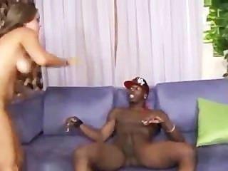 19 viejos años katie cummings ama la salchicha negra en su coño