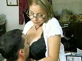 Secretario le da jefe impresionante mamada