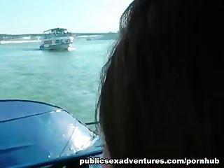 Porno público amateur en un ferry