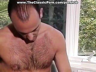 Un par de 80 estrellas porno haciendo el amor