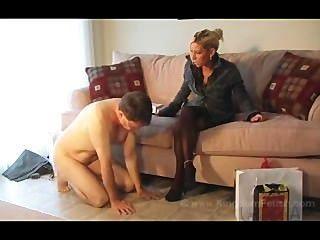 La esposa caliente toma el control