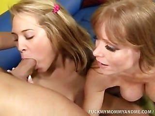 Kimberly y su mamá follan una polla gorda masiva