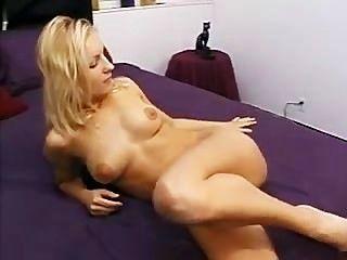 Ella le toma estilo anal