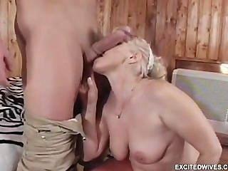 62 años de edad, abuelita del euro