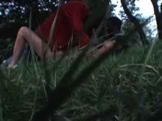 Esposa nadine francés toma negros en el parque