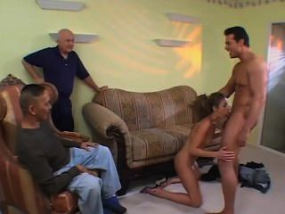 Screw my wife please 45 escena 2