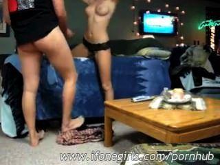Amateur teen couple fucking en la cámara
