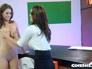 Emily addison brezo vandeven desnudo noticias