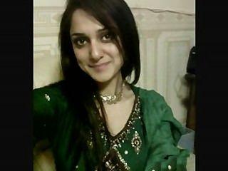Chicas pakistaníes calientes hablando de sexo paki musulmán en hindustani