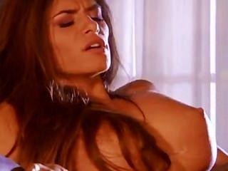 Impresionante madelyn marie es una máquina de sexo