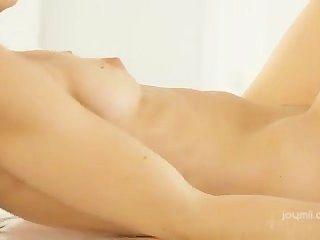 Capricho caliente mastrubation