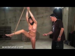 La esclavitud de esclavitud película de sexo flagelación nyssa (pt 2)