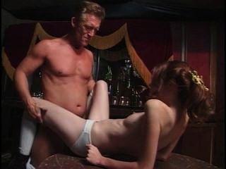 Joven y anal 15 escena 4