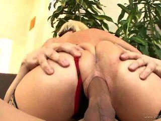 Fill her up 4 escena 3