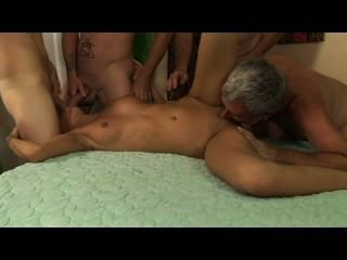 My favorite milf gang bang 2 escena 1